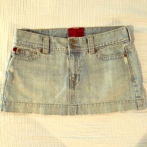 Hollister Sz 7 (runs small) Light Jean Mini Skirt